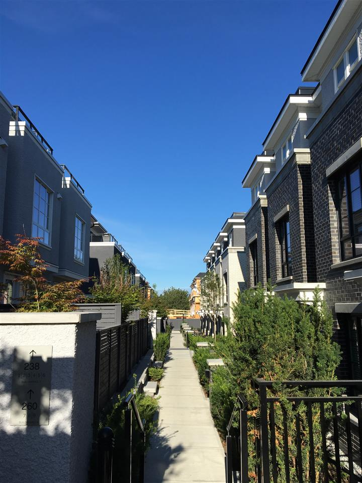 Townhouse at 258 W 62ND AVENUE, Vancouver West, British Columbia. Image 14