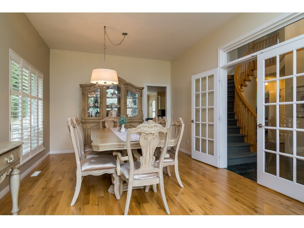 Detached at 14007 23A AVENUE, South Surrey White Rock, British Columbia. Image 7