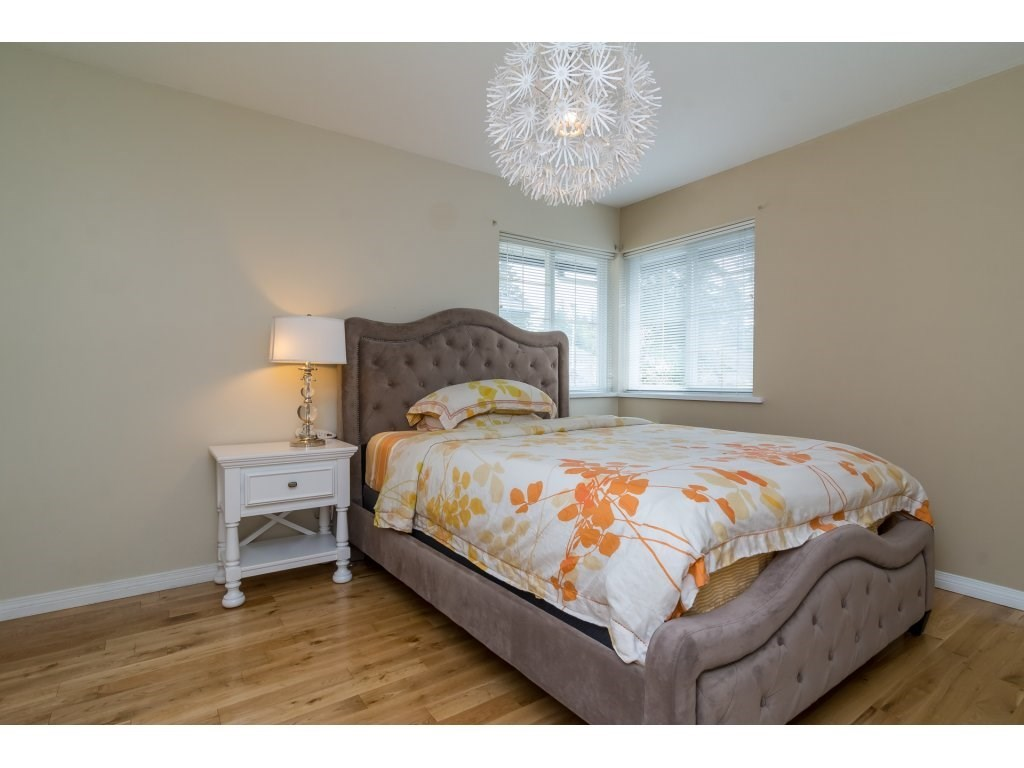 Detached at 14007 23A AVENUE, South Surrey White Rock, British Columbia. Image 16
