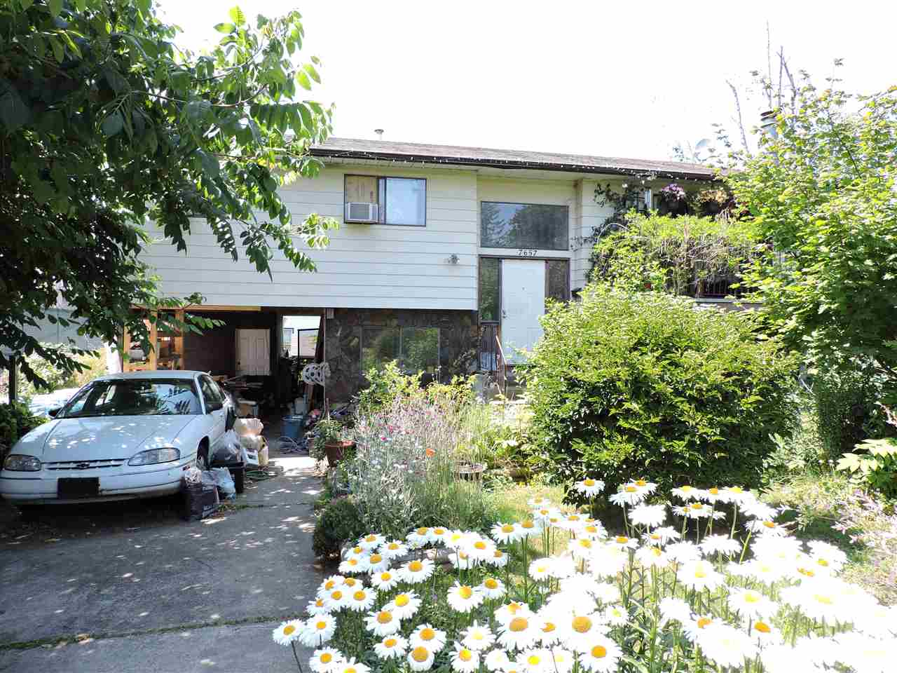 Detached at 7657 CEDAR STREET, Mission, British Columbia. Image 1