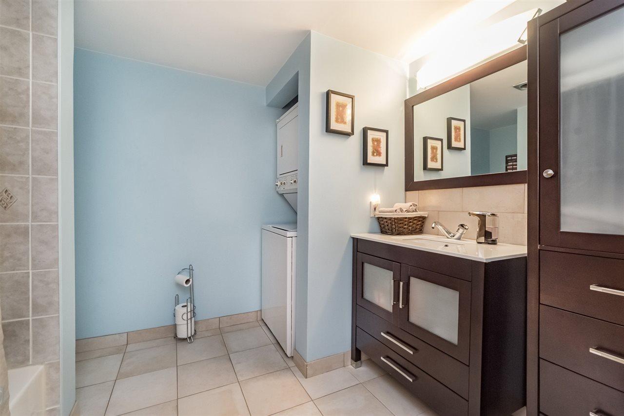 Condo Apartment at 215 3911 CARRIGAN COURT, Unit 215, Burnaby North, British Columbia. Image 10