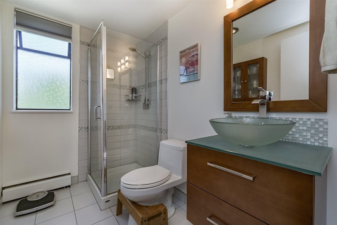 Condo Apartment at 215 3911 CARRIGAN COURT, Unit 215, Burnaby North, British Columbia. Image 13