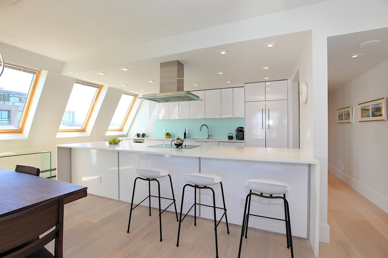Condo Apartment at 1903 1010 BURNABY STREET, Unit 1903, Vancouver West, British Columbia. Image 6