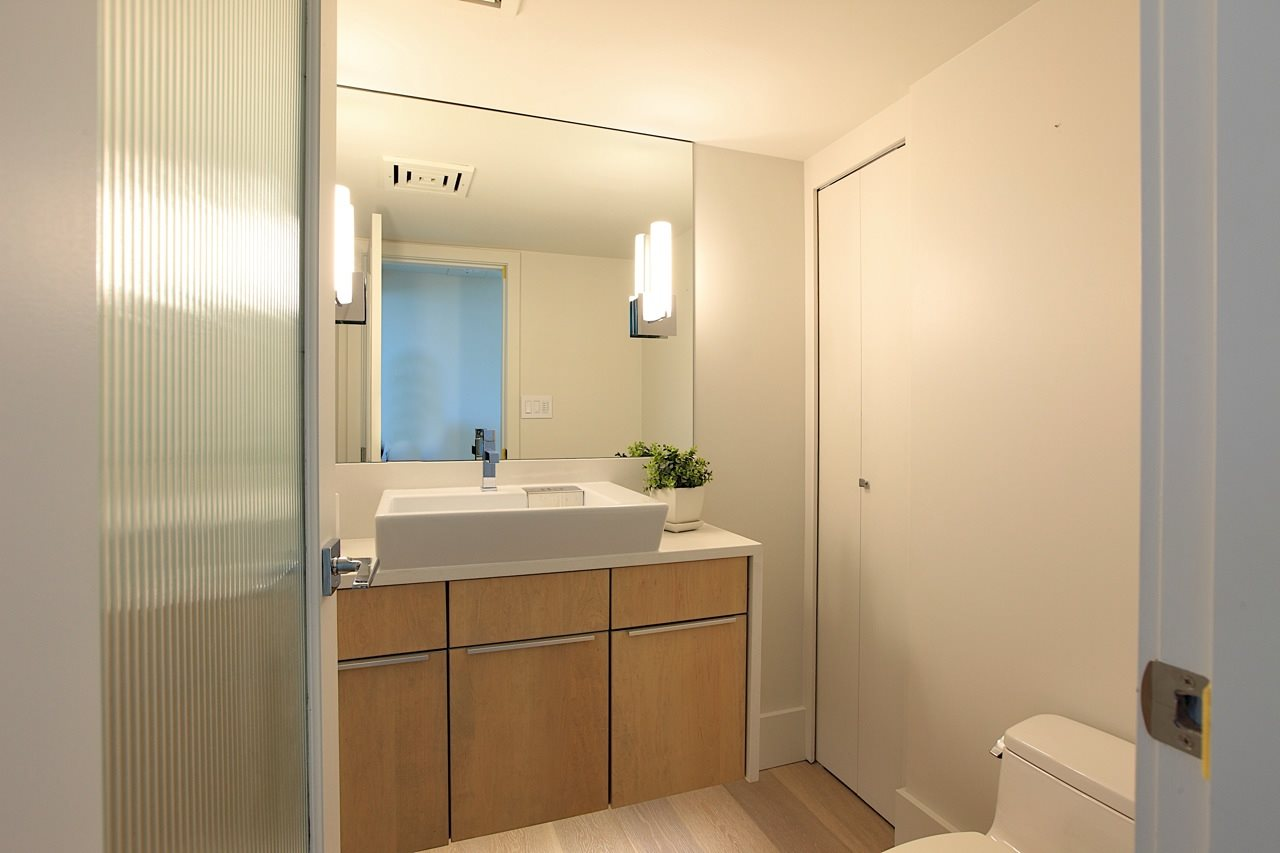 Condo Apartment at 1903 1010 BURNABY STREET, Unit 1903, Vancouver West, British Columbia. Image 14