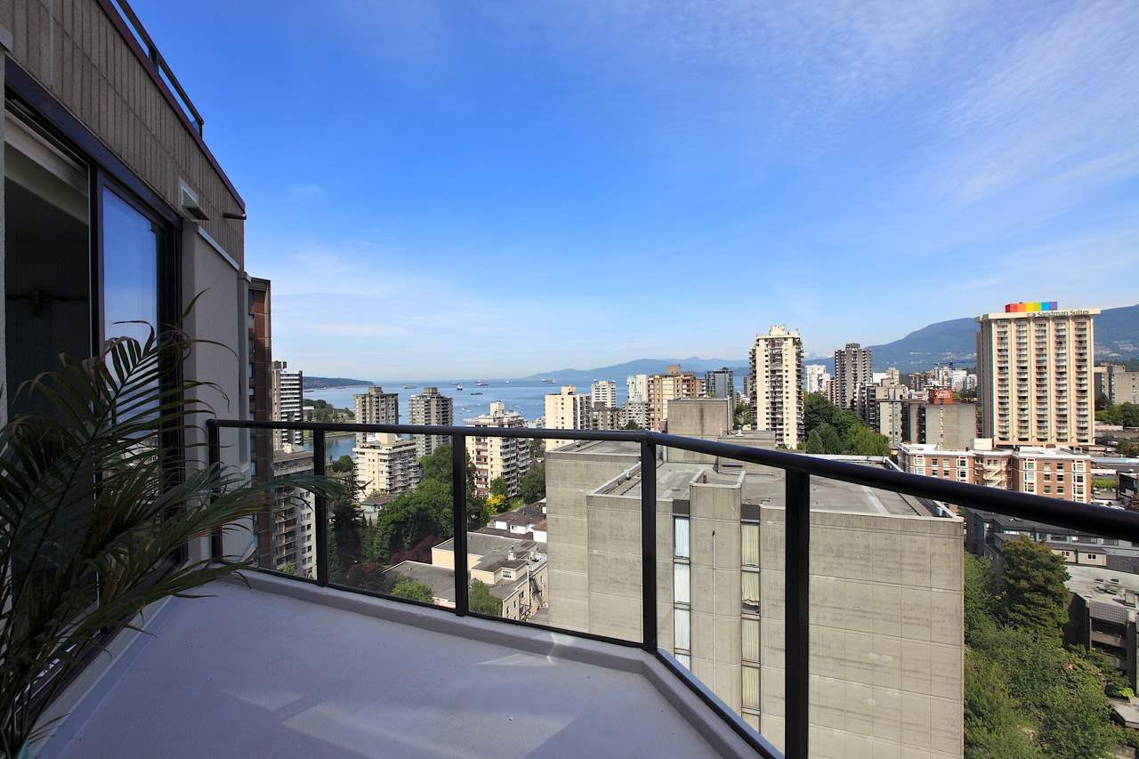 Condo Apartment at 1903 1010 BURNABY STREET, Unit 1903, Vancouver West, British Columbia. Image 15