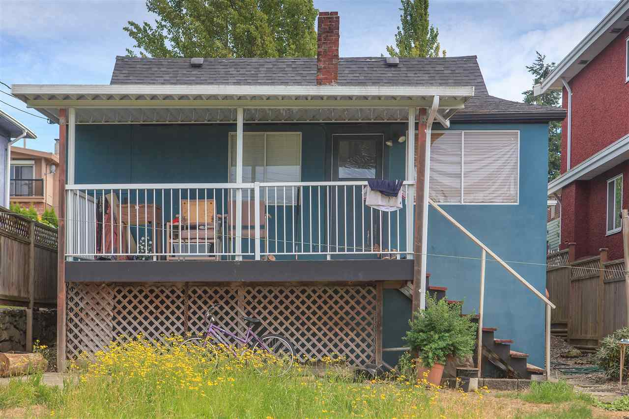 Detached at 4817 JOYCE STREET, Vancouver East, British Columbia. Image 8
