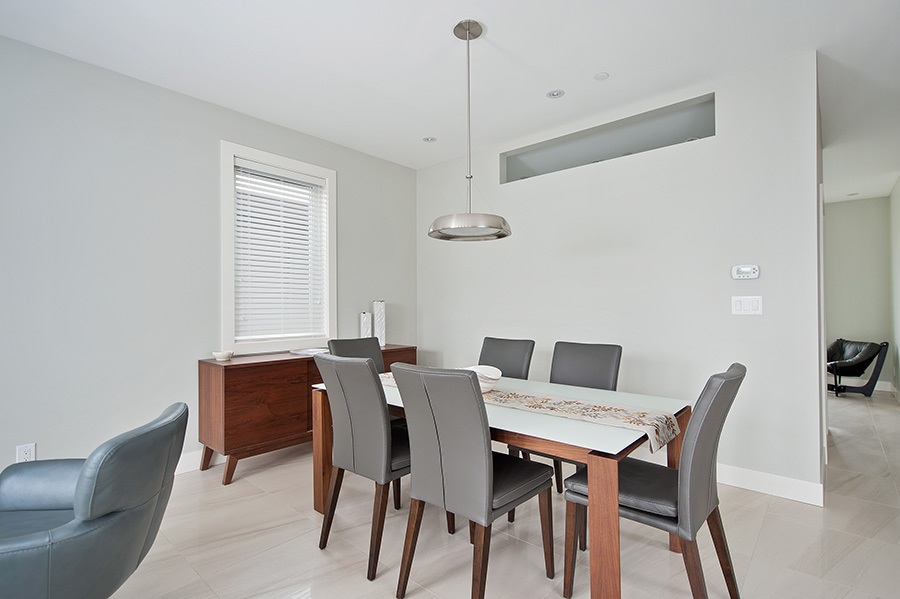 Detached at 2646 E 5TH AVENUE, Vancouver East, British Columbia. Image 2