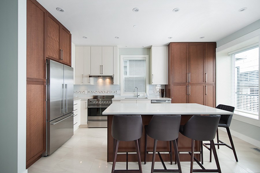 Detached at 2646 E 5TH AVENUE, Vancouver East, British Columbia. Image 3