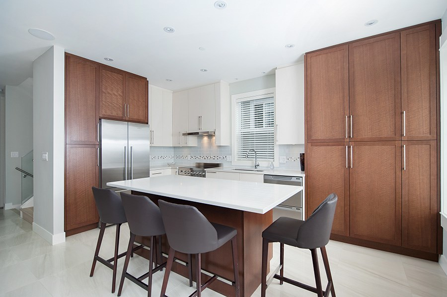 Detached at 2646 E 5TH AVENUE, Vancouver East, British Columbia. Image 4