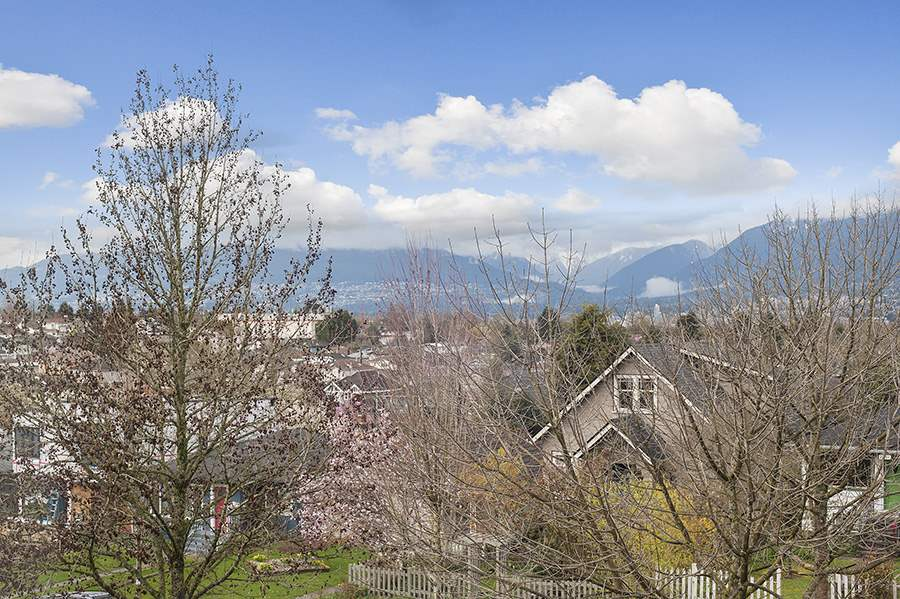 Detached at 2646 E 5TH AVENUE, Vancouver East, British Columbia. Image 17