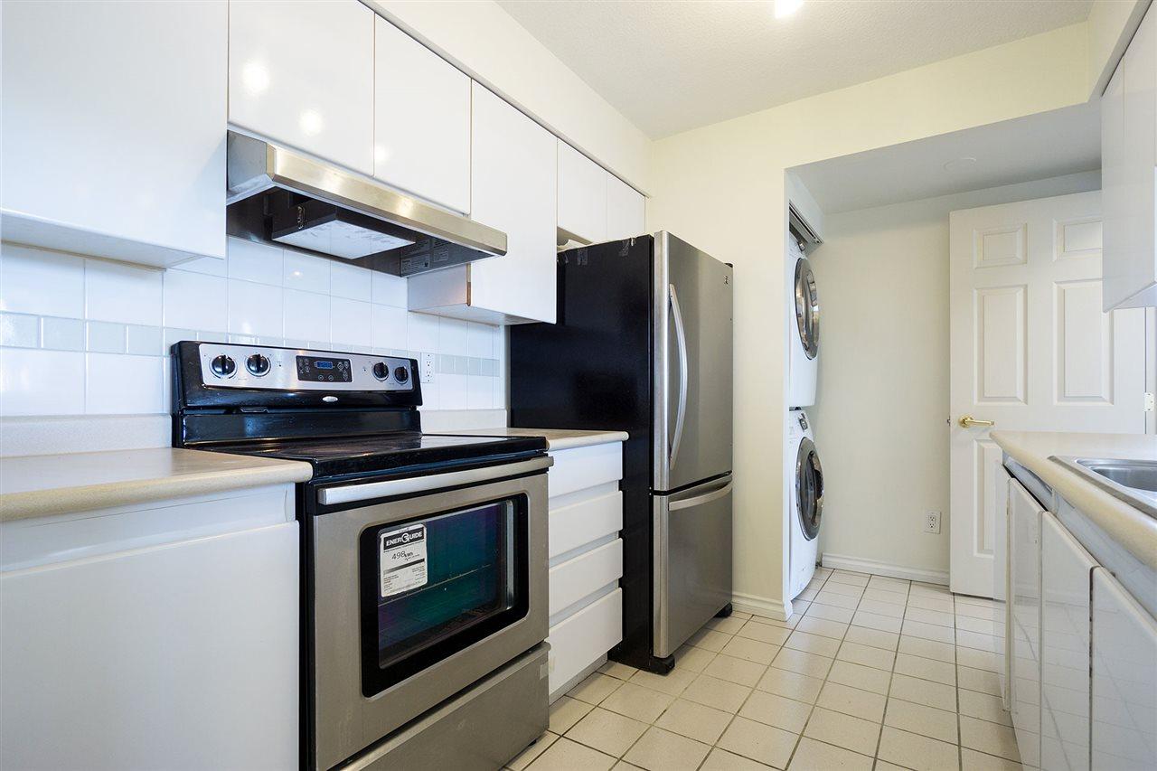 Condo Apartment at 908 9633 MANCHESTER DRIVE, Unit 908, Burnaby North, British Columbia. Image 8