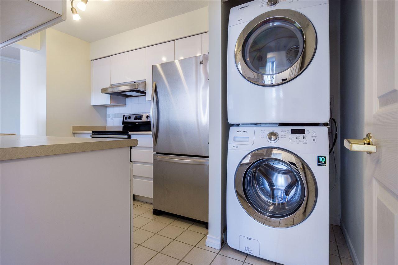 Condo Apartment at 908 9633 MANCHESTER DRIVE, Unit 908, Burnaby North, British Columbia. Image 9