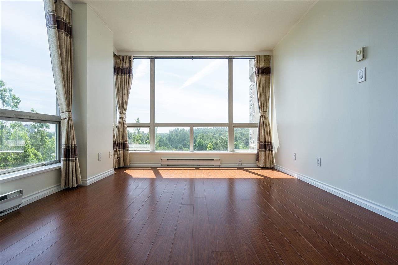 Condo Apartment at 908 9633 MANCHESTER DRIVE, Unit 908, Burnaby North, British Columbia. Image 12