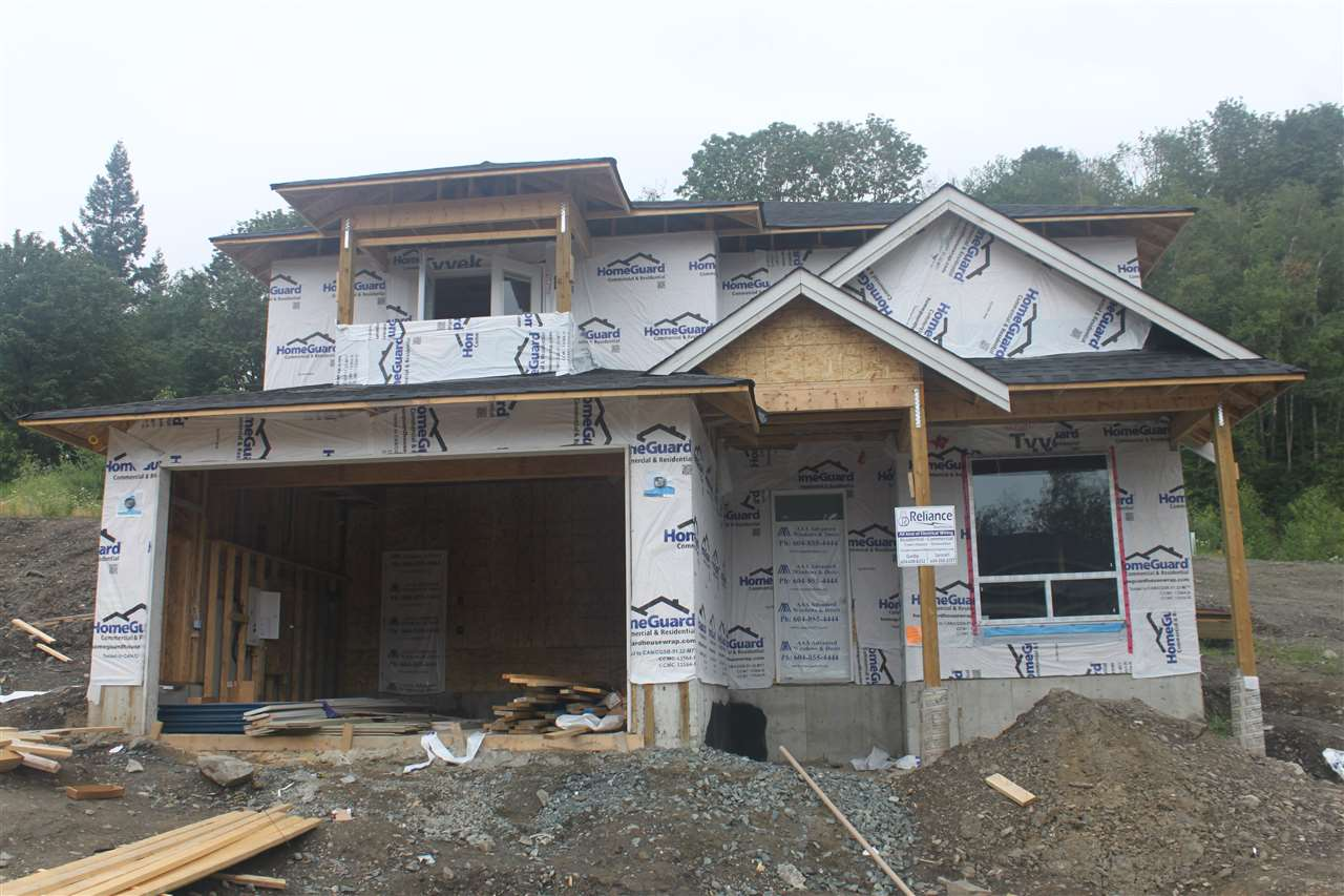 Detached at 8495 FOREST GATE DRIVE, Chilliwack, British Columbia. Image 2