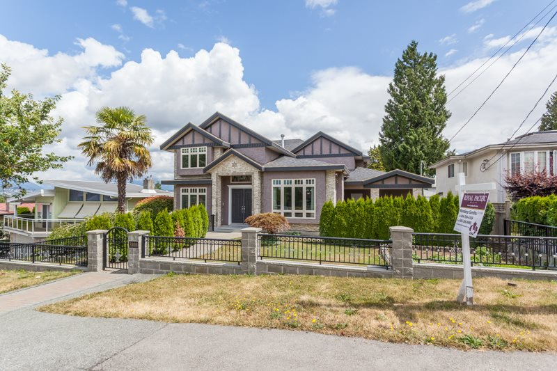 Detached at 3808 CARDIFF PLACE, Burnaby South, British Columbia. Image 2