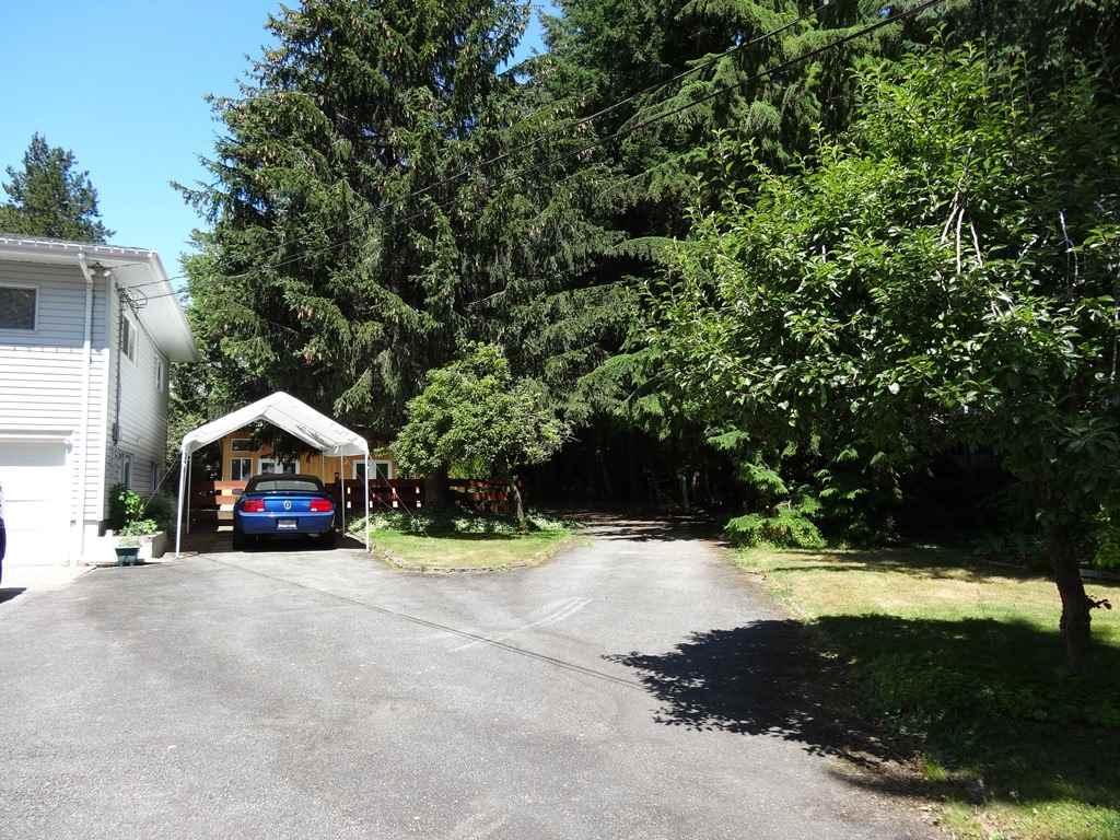 Detached at 17641 20 AVENUE, South Surrey White Rock, British Columbia. Image 4