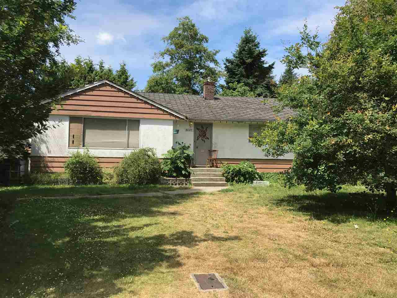 Detached at 8657 154A STREET, Surrey, British Columbia. Image 1