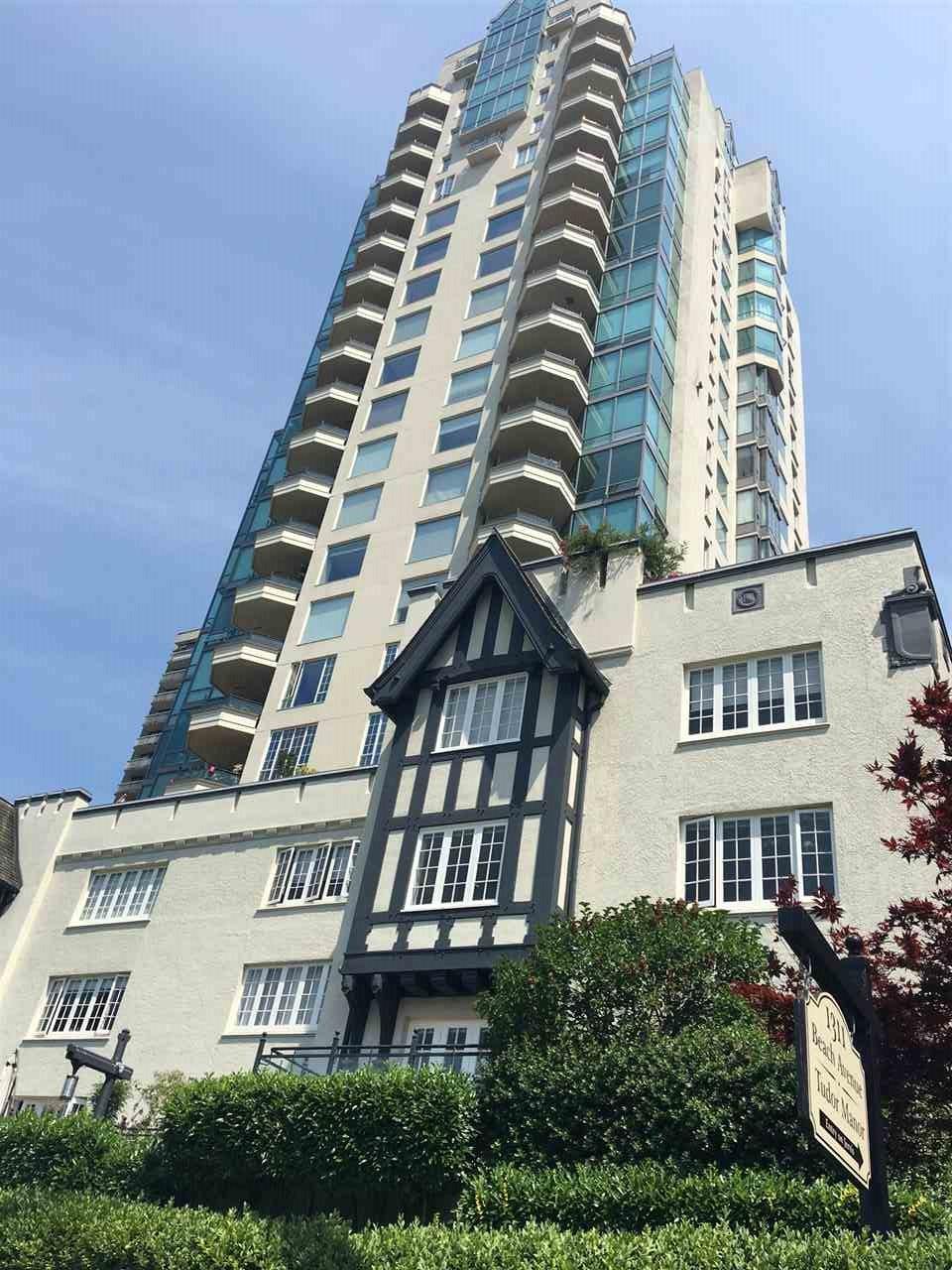 Condo Apartment at 1702 1311 BEACH AVENUE, Unit 1702, Vancouver West, British Columbia. Image 1
