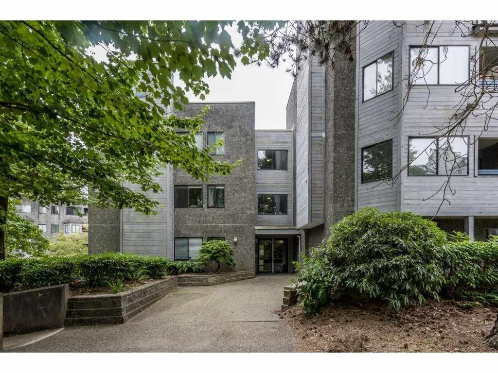 Condo Apartment at 412 9890 MANCHESTER DRIVE, Unit 412, Burnaby North, British Columbia. Image 2