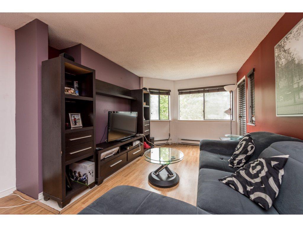 Condo Apartment at 412 9890 MANCHESTER DRIVE, Unit 412, Burnaby North, British Columbia. Image 3