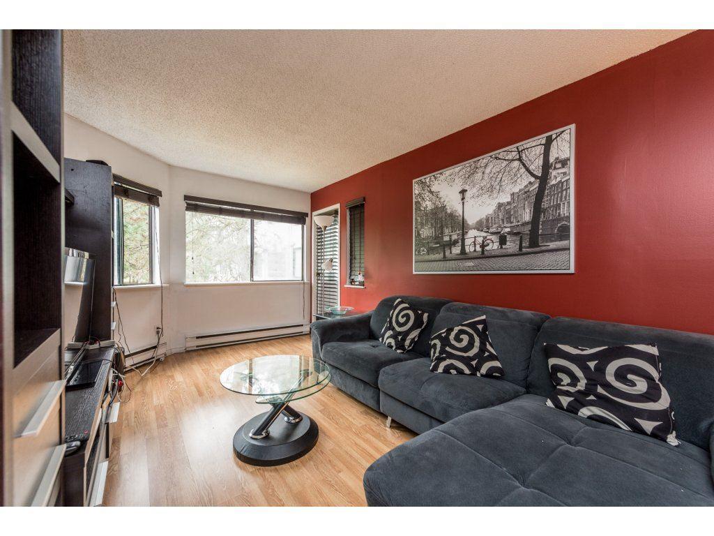 Condo Apartment at 412 9890 MANCHESTER DRIVE, Unit 412, Burnaby North, British Columbia. Image 4