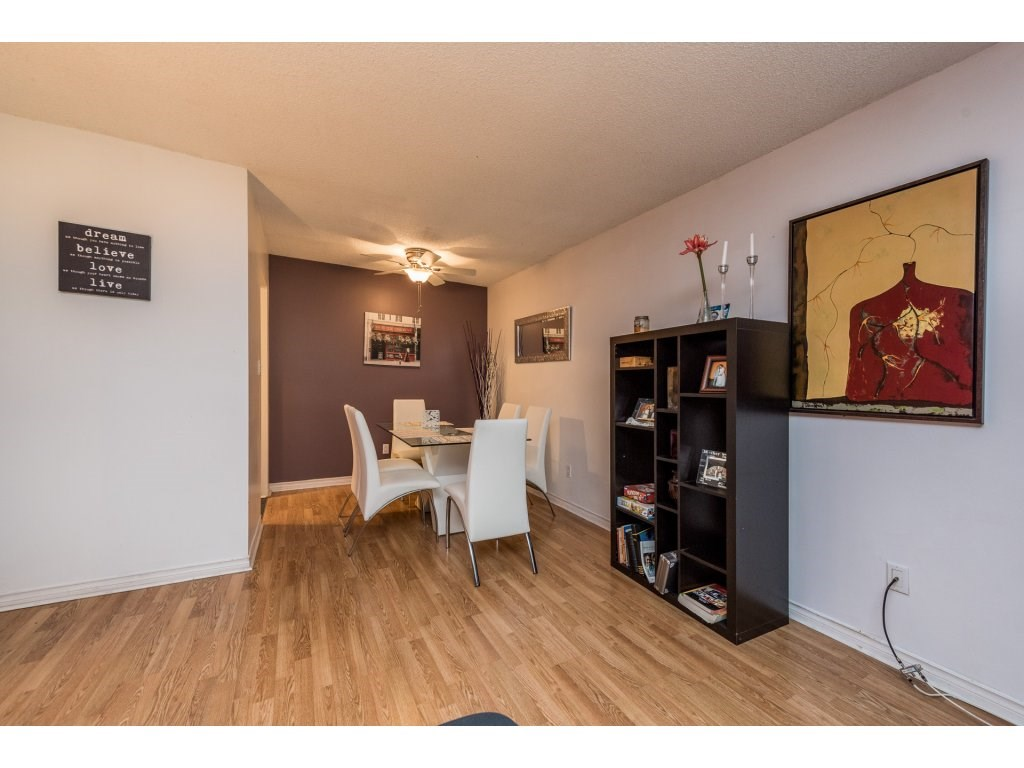 Condo Apartment at 412 9890 MANCHESTER DRIVE, Unit 412, Burnaby North, British Columbia. Image 6