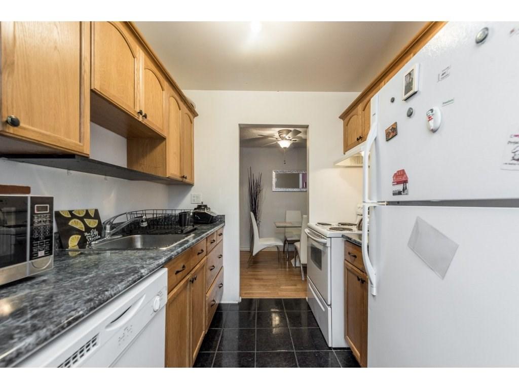 Condo Apartment at 412 9890 MANCHESTER DRIVE, Unit 412, Burnaby North, British Columbia. Image 11