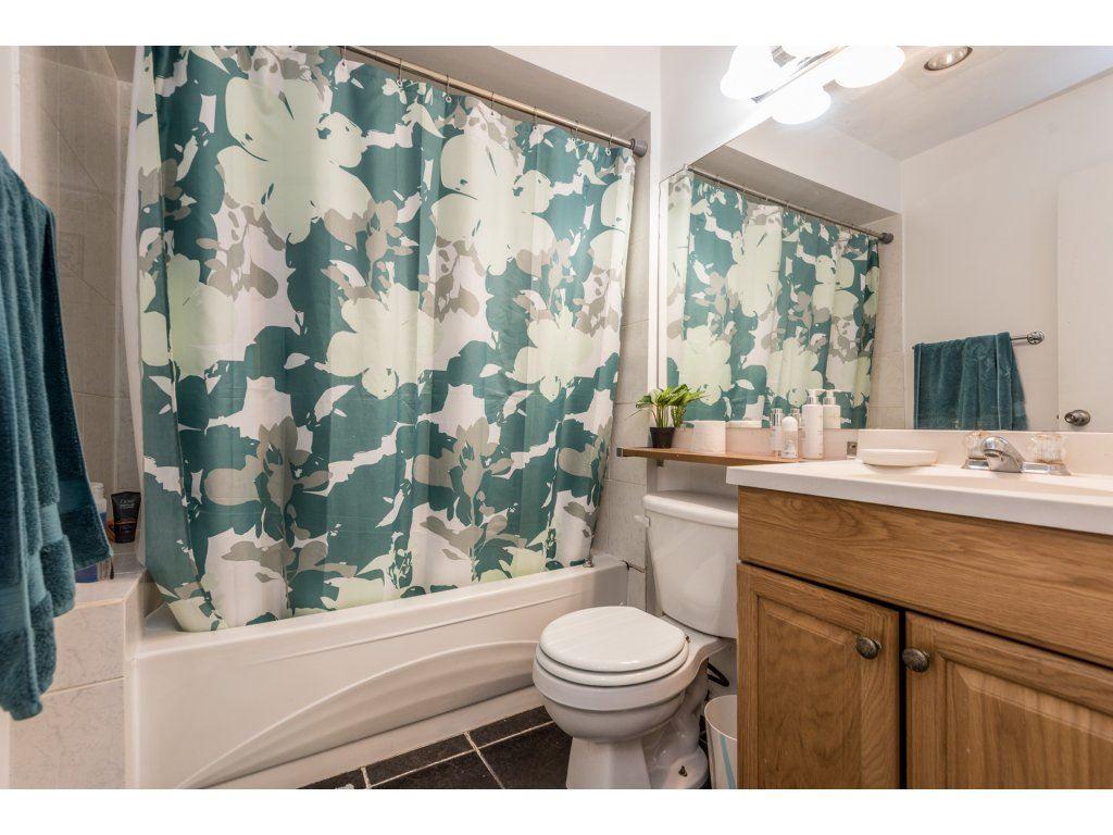 Condo Apartment at 412 9890 MANCHESTER DRIVE, Unit 412, Burnaby North, British Columbia. Image 15