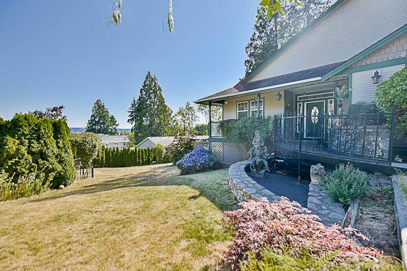 Detached at 5491 144A STREET, Surrey, British Columbia. Image 1