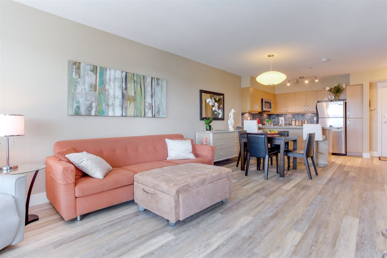 Condo Apartment at 307 1315 56 STREET, Unit 307, Tsawwassen, British Columbia. Image 4