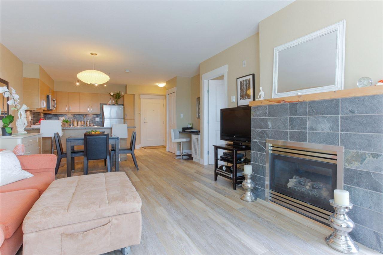Condo Apartment at 307 1315 56 STREET, Unit 307, Tsawwassen, British Columbia. Image 5