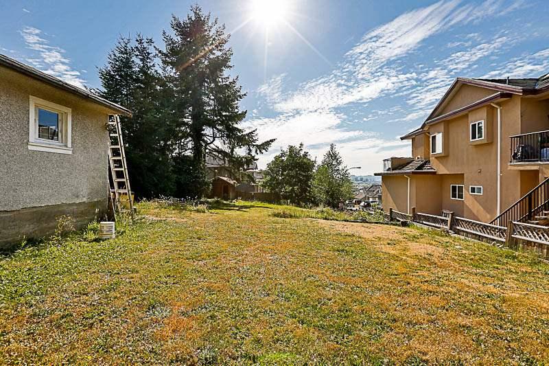 Detached at 10237 123A STREET, North Surrey, British Columbia. Image 16