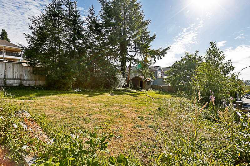 Detached at 10237 123A STREET, North Surrey, British Columbia. Image 20
