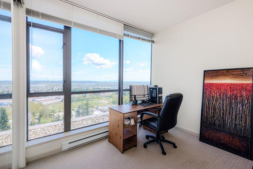 Condo Apartment at 2104 7388 SANDBORNE AVENUE, Unit 2104, Burnaby South, British Columbia. Image 4