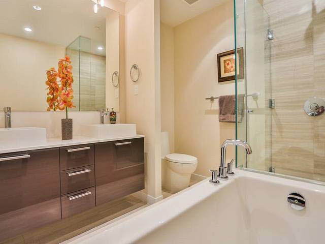 Condo Apartment at 1203 5171 BRIGHOUSE WAY, Unit 1203, Richmond, British Columbia. Image 10