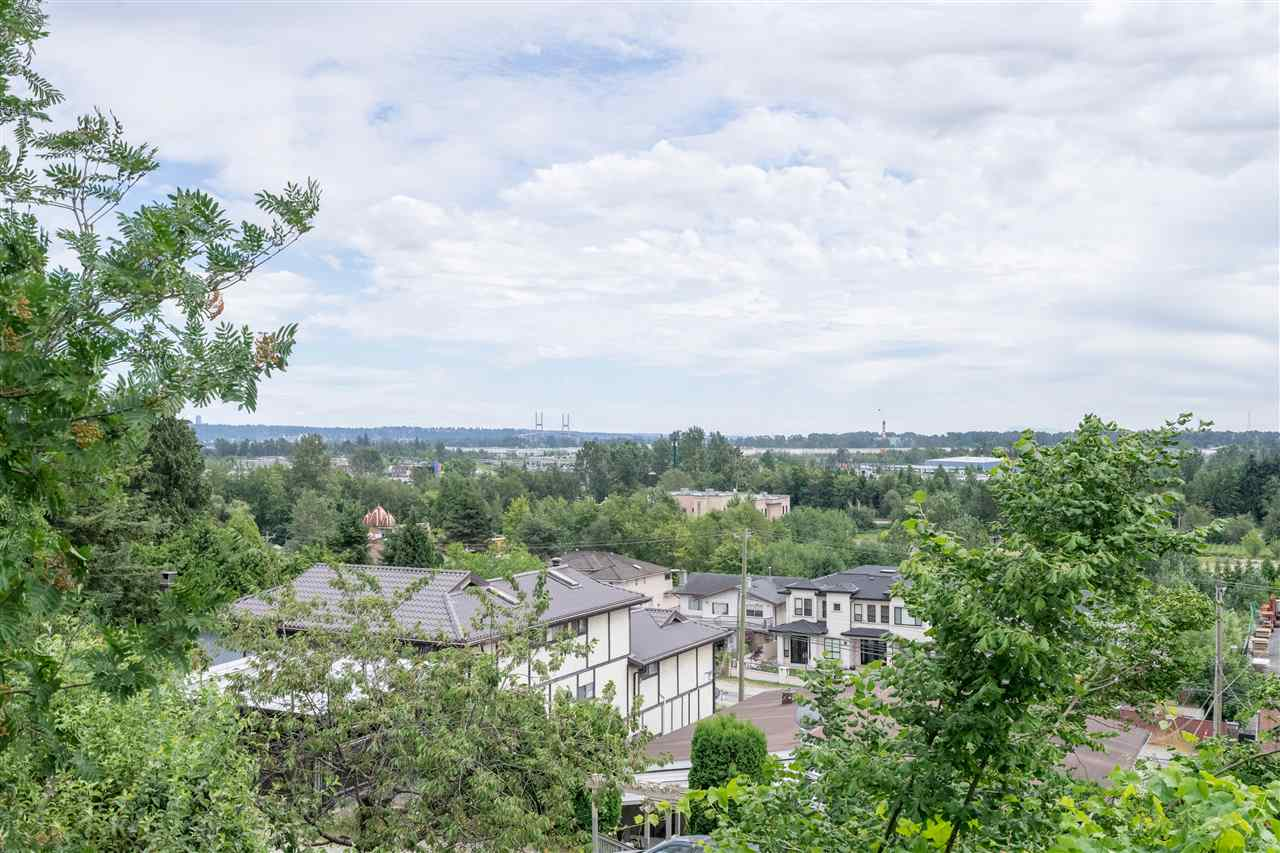 Detached at 5280 KEITH STREET, Burnaby South, British Columbia. Image 11