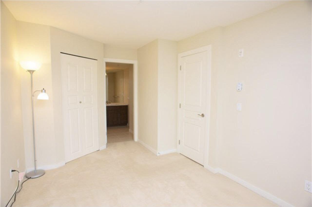 Condo Apartment at 209 4788 BRENTWOOD DRIVE, Unit 209, Burnaby North, British Columbia. Image 6