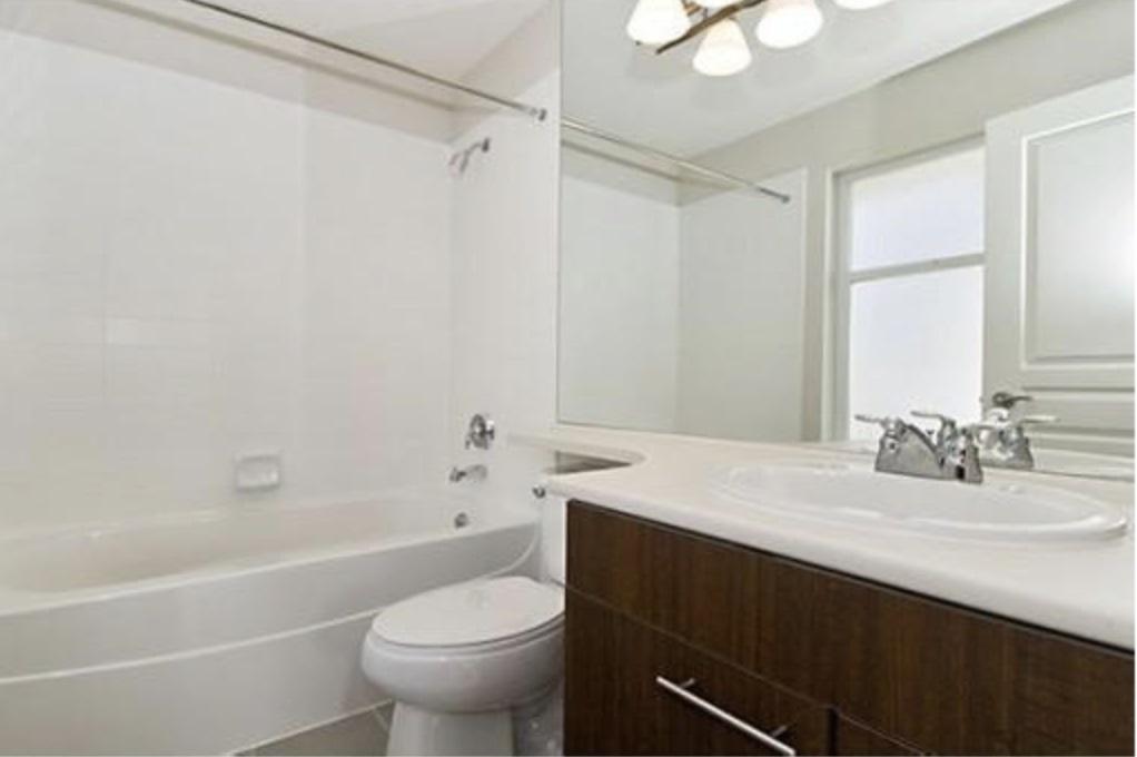 Condo Apartment at 209 4788 BRENTWOOD DRIVE, Unit 209, Burnaby North, British Columbia. Image 8