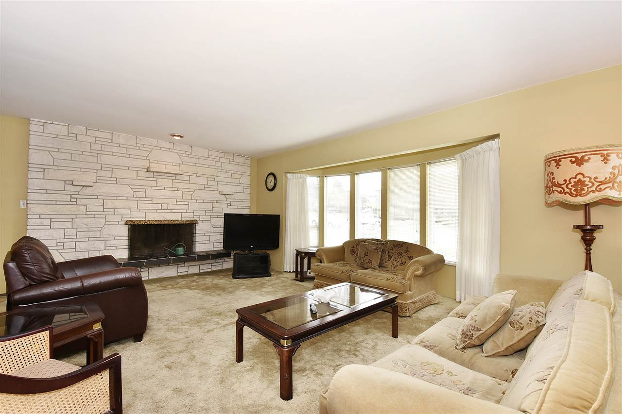 Detached at 1735 FELL AVENUE, Burnaby North, British Columbia. Image 2