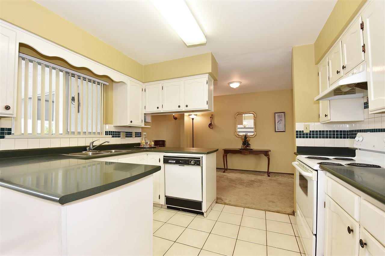 Detached at 1735 FELL AVENUE, Burnaby North, British Columbia. Image 10