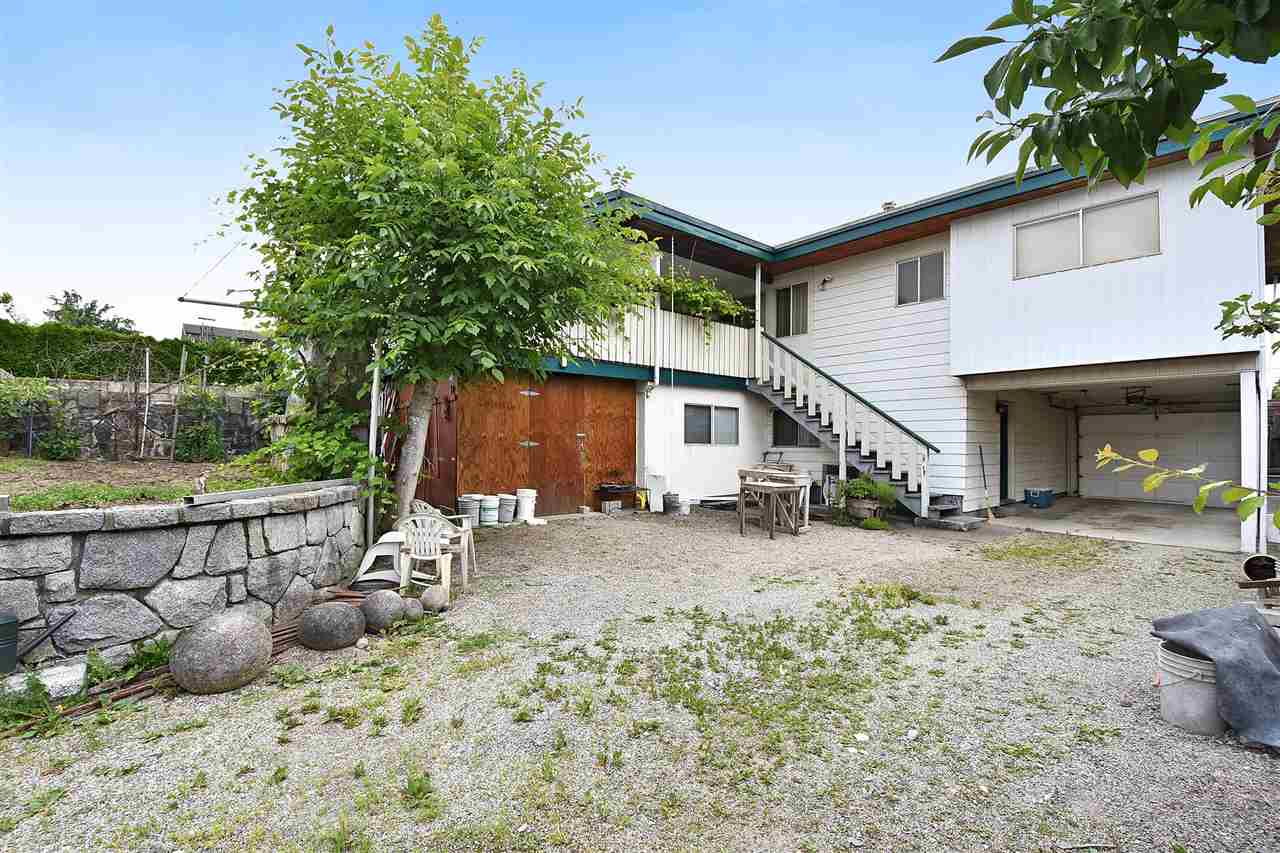 Detached at 1735 FELL AVENUE, Burnaby North, British Columbia. Image 20