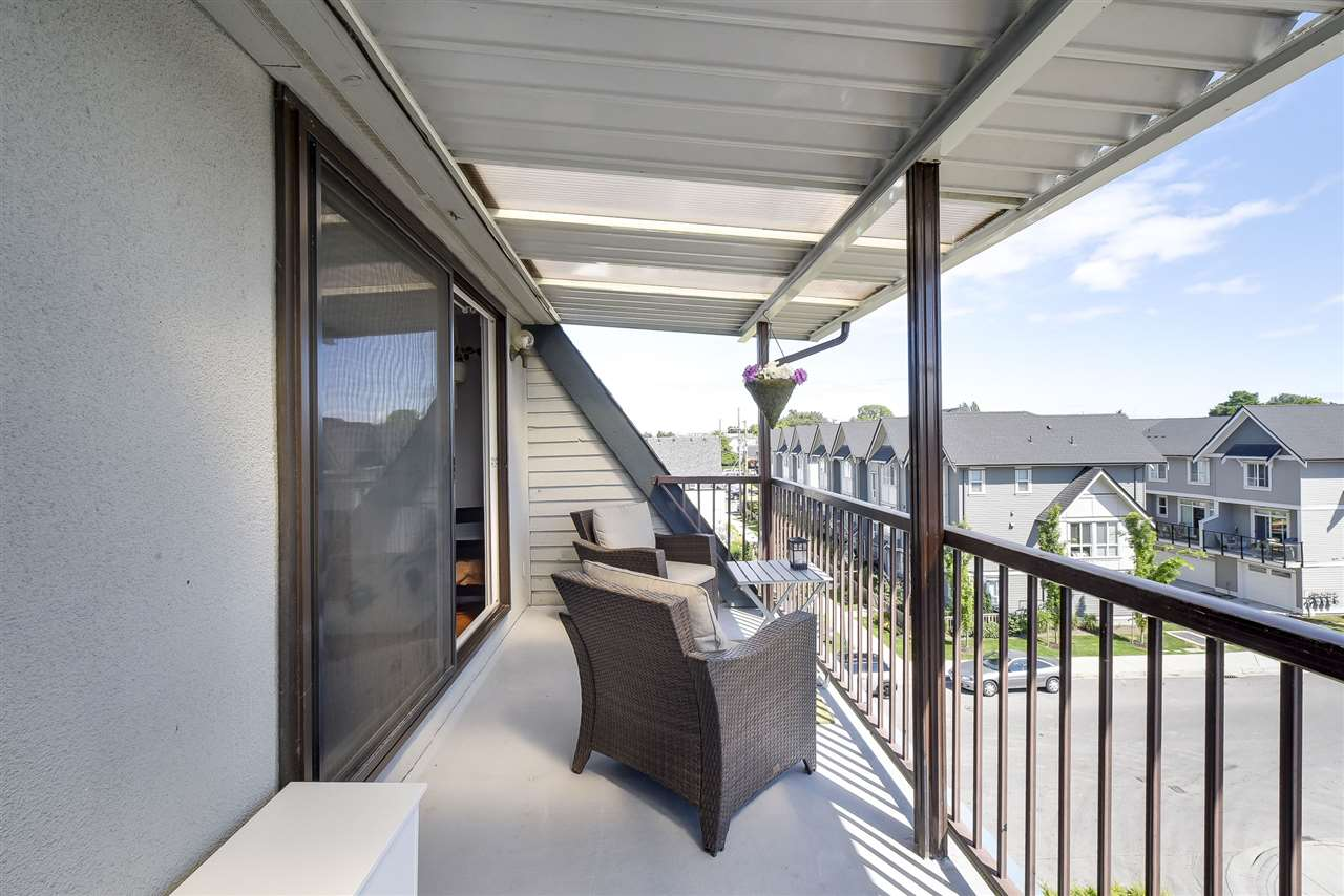 Condo Apartment at 302 4926 48 AVENUE, Unit 302, Ladner, British Columbia. Image 19
