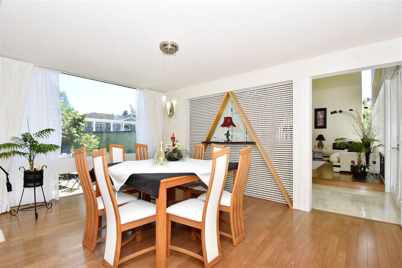 Detached at 6363 BUCKINGHAM DRIVE, Burnaby South, British Columbia. Image 6