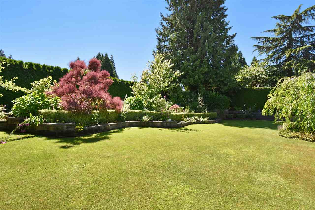 Detached at 6363 BUCKINGHAM DRIVE, Burnaby South, British Columbia. Image 18
