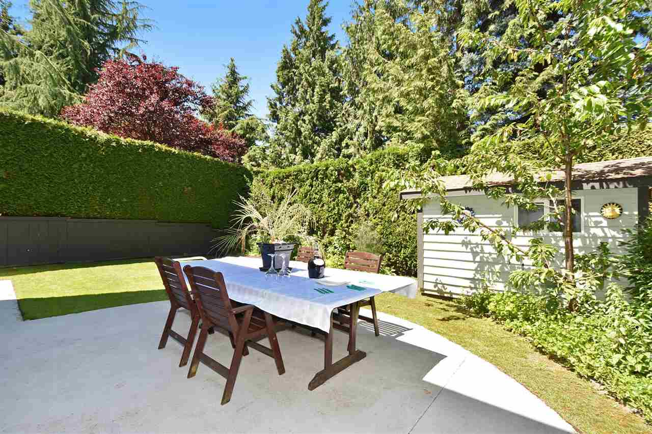 Detached at 6363 BUCKINGHAM DRIVE, Burnaby South, British Columbia. Image 19