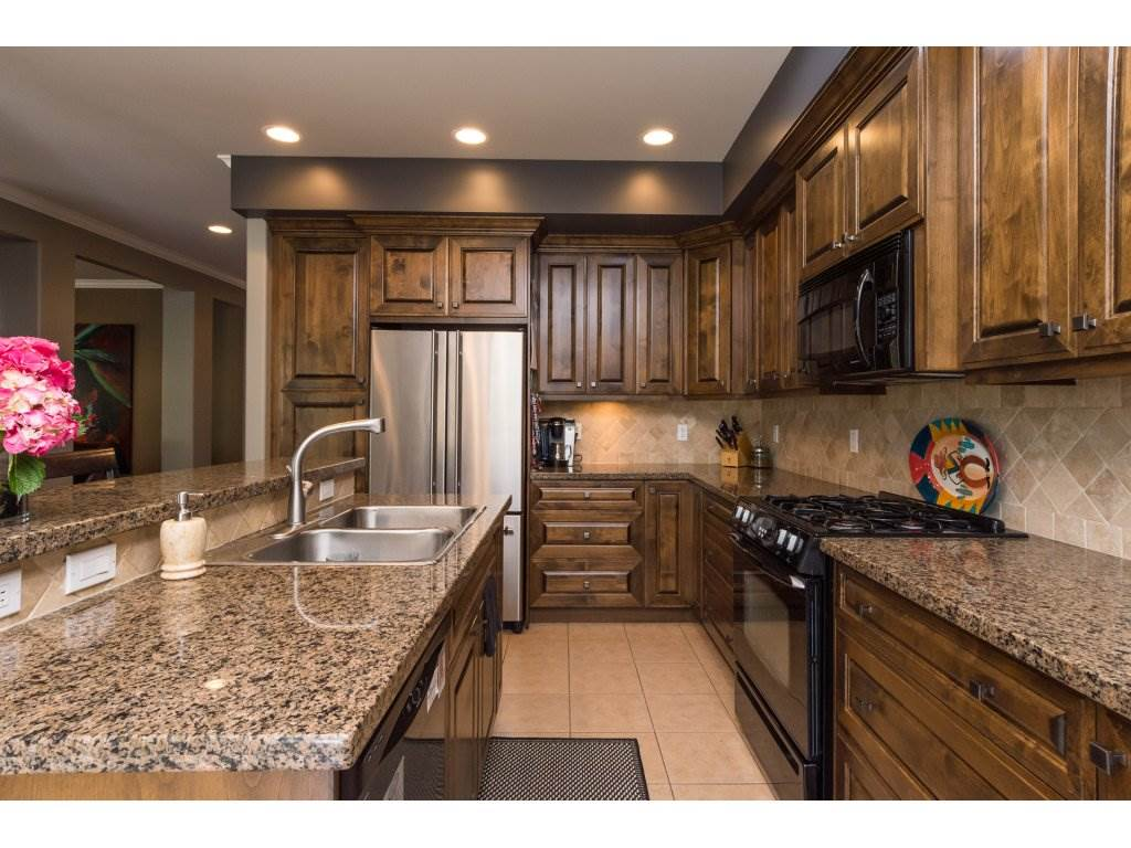 Townhouse at 37 3300 157A STREET, Unit 37, South Surrey White Rock, British Columbia. Image 8