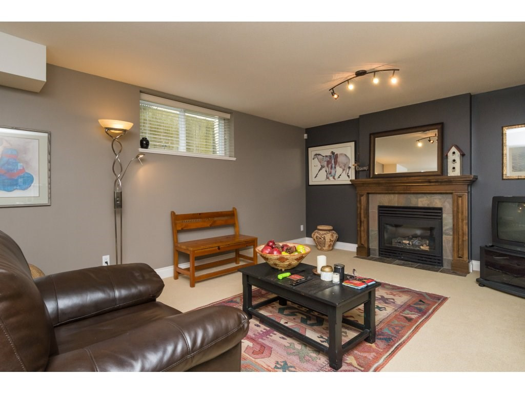 Townhouse at 37 3300 157A STREET, Unit 37, South Surrey White Rock, British Columbia. Image 15
