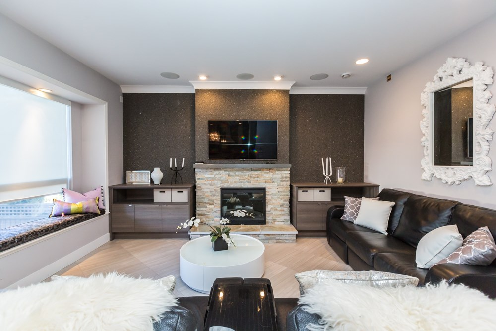 Detached at 3875 OXFORD STREET, Burnaby North, British Columbia. Image 12