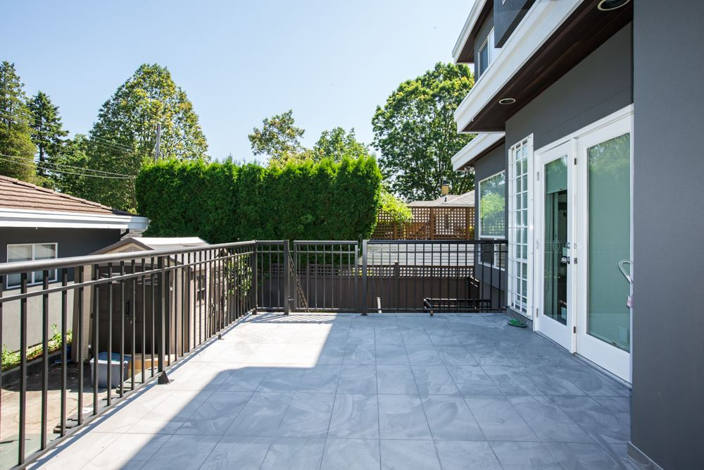 Detached at 3875 OXFORD STREET, Burnaby North, British Columbia. Image 20