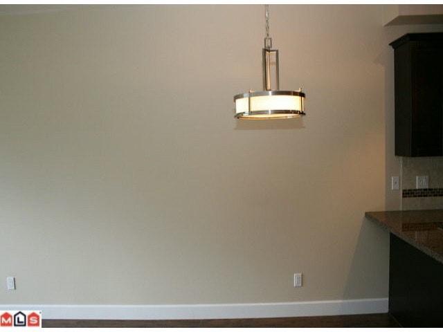 Condo Apartment at 215 46262 FIRST AVENUE, Unit 215, Chilliwack, British Columbia. Image 3